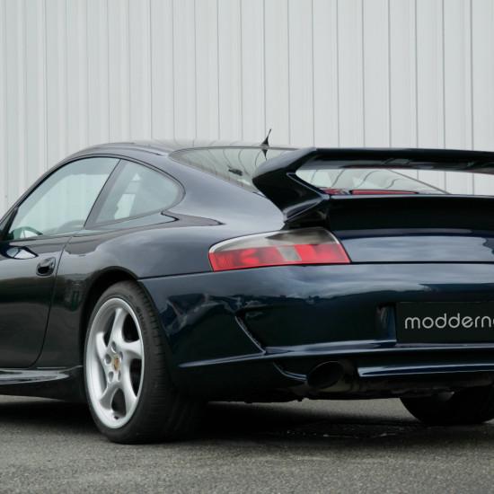 featured-Porsche-996-GT3-by-Modderna