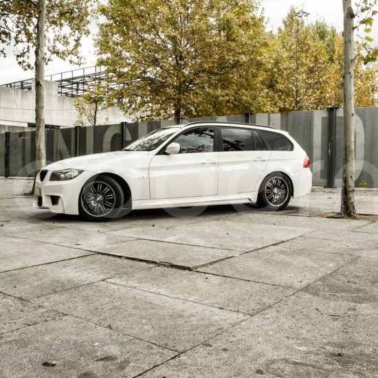 Modderna-BMW-E91-LCI-(201)